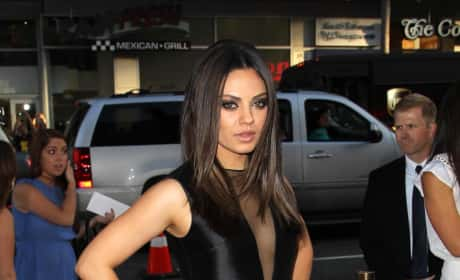 Mila Kunis Red Carpet Photo