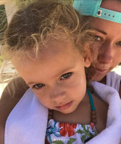 Kendra Wilkinson, Daughter Pic