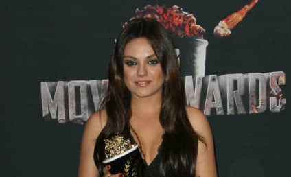 Mila Kunis: Baby Bump Photos From MTV Movie Awards!
