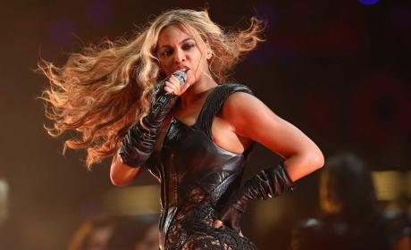 Beyonce Super Bowl Outfit