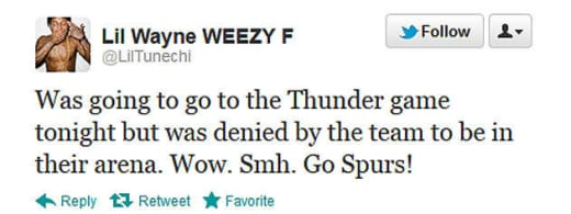 Weezy Tweeting
