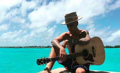 Justin Bieber in Bora Bora