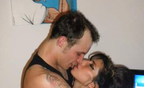 Blake Fielder-Civil and Amy Winehouse Kissing