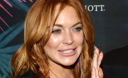Lindsay Lohan: Carrying Pumpkin, Listening to Music