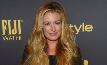 Cat Deeley Lashes Out at Restaurant, Gets Owned by Waiter