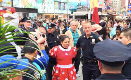 Minnie Mouse and Hello Kitty Fight, Get Arrested in Times Square