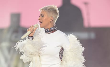 Katy Perry Pays Tribute