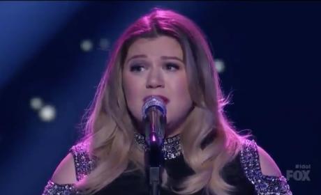 Kelly Clarkson Brings Everyone to Tears on American Idol