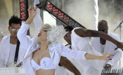 Lady Gaga Amputated Leg Rumor: Debunked!