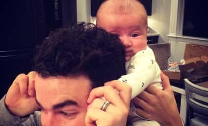 Kevin Jonas Baby Photo: Totes Adorbs!