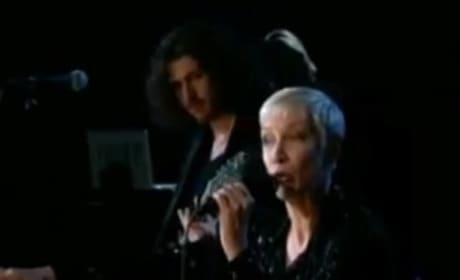 Annie Lennox Grammy Awards Performance 2015
