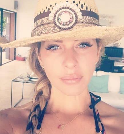 Dina Manzo Selfie