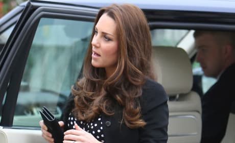 Kate Middleton Polkadot Dress