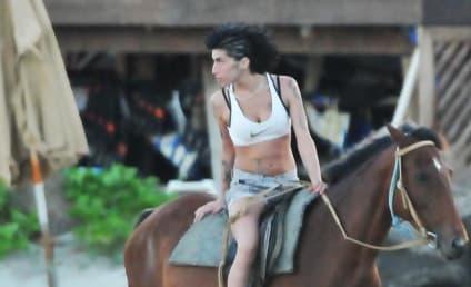 Amy Winehouse, Blake Fielder-Civil are Engaged!