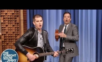 Andrew Garfield Plays Guitar, Spider-Man Theme Song on The Tonight Show