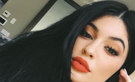 Kylie Jenner Selfies: A Kandid Kollection