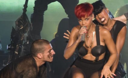 Rihanna and Chris Brown: Following Each Other on Twitter!!!