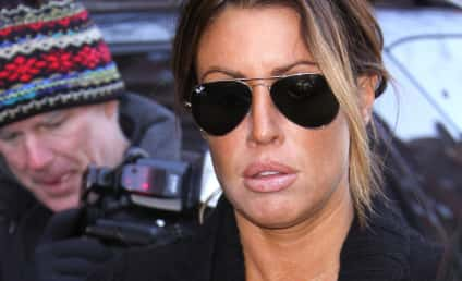 Rachel Uchitel Denies Partying with Tiger Woods