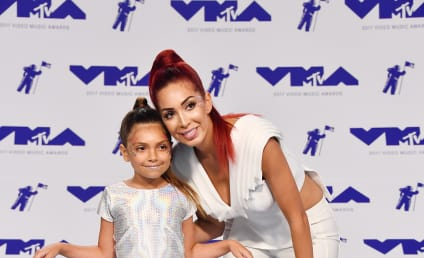Farrah Abraham Promotes Porn on Daughter's Twitter, 'Cause Obviously That Happened