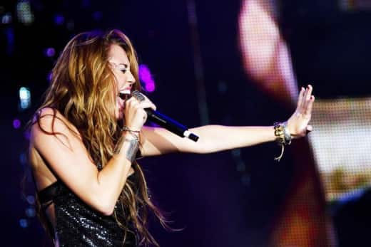 Miley Performance
