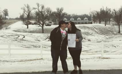 Duggar Protest: Lesbian Couple Snaps Controversial Photo In Front of Family Home