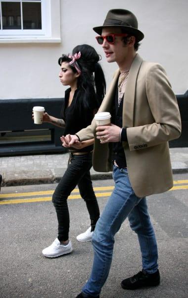 Amy Winehouse, Blake Fielder-Civil in Bloody Melee - The