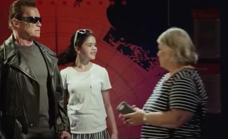 Arnold Schwarzenegger Dresses as Terminator, Pranks Tourists, Remains Awesome
