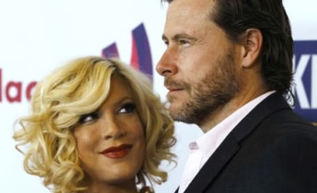 Tori Spelling with Dean McDermott Image