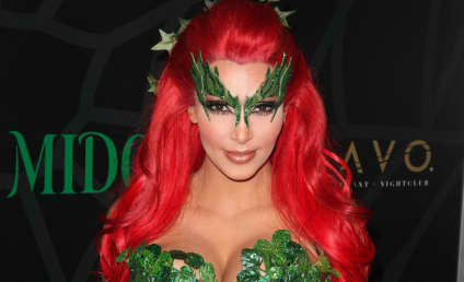 Hollywood Does Halloween: Celebrites in Costume