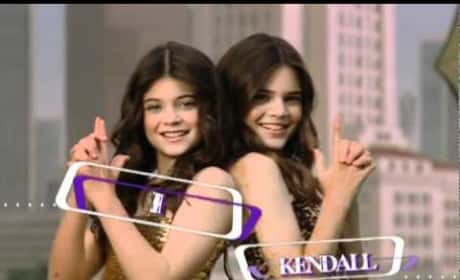 Kendall and Kylie Jenner in 2007