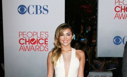 People's Choice Awards Face-Off: Miley Cyrus vs. Ashley Greene