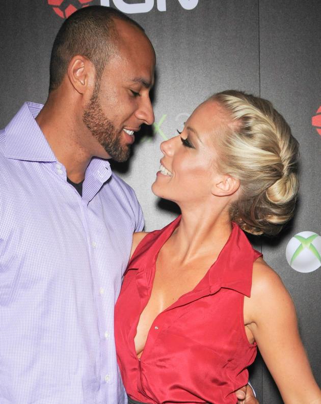 Hank Baskett and Kendra Wilkinson Pic