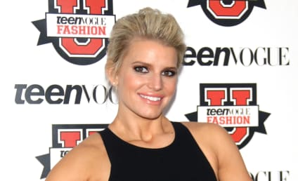 Jessica Simpson Talks Farts, Ghosts Justin Bieber in Absolutely Bonkers Interview