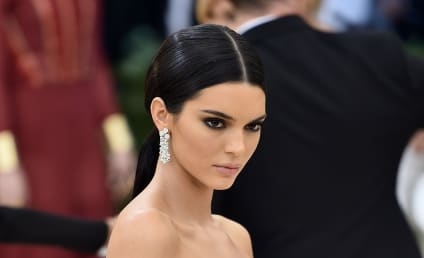 Kendall Jenner Sticks It to Body-Shamers With New Topless Selfie