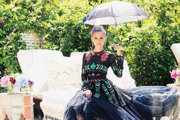 Nicole Richie Umbrella Photo