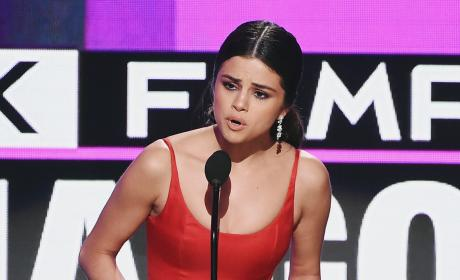 Selena Gomez Speech Pic