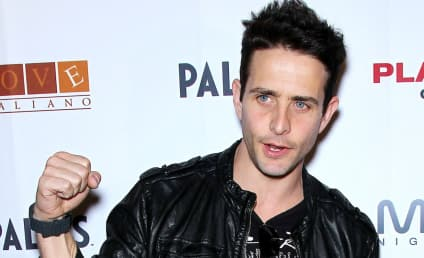 Joey McIntyre, Wife Welcome Baby #3!