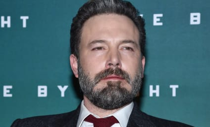 Ben Affleck & Lindsay Shookus: We're Award Show Official!