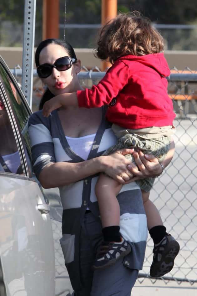 Nadya Suleman and Child