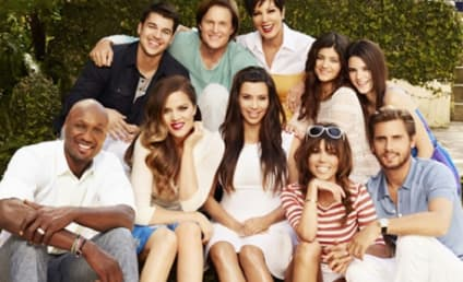 Kardashian Family Photo: Where's Kanye West?!?