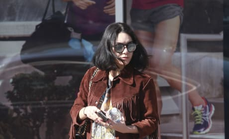 Vanessa Hudgens Runs Errands in Studio City