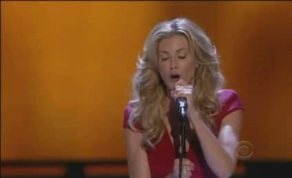 """Faith Hill Performs """"Come Home"""" at People's Choice Awards [Video]"""