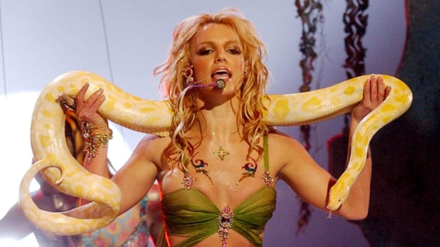 Britney spears slave 4 u 2011