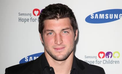 Tim Tebow Fans Plea For Obama to Make Jaguars Sign QB