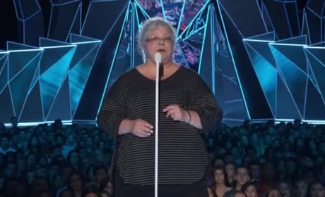 Heather Heyer's Mom Sends Powerful Message at MTV Video Music Awards