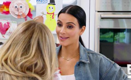 Keeping Up With the Kardashians Klip: Kim Gushes Over Caitlyn's Boobs