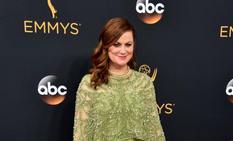 Amy Poehler at the 2016 Emmys