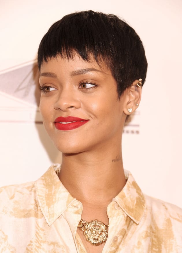 Rihanna Short Hair The Hollywood Gossip