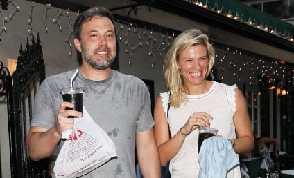Ben Affleck & Lindsay Shookus: Planning a Wedding Even Though He's Still Married?!