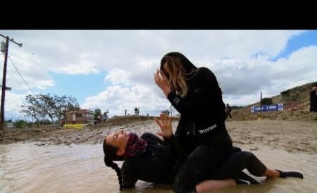 Keeping Up with the Kardashians Clip: Mud Run Time!